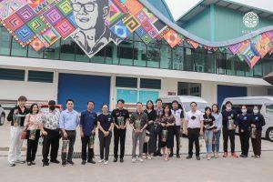 Read more about the article ตอนรับคณะกรรมาธิการการวิทยาศาสตร์ เทคโนโลยี วิจัยและนวัตกรรม สภาผู้แทนราษฎร เข้าเยี่ยมชม ศูนย์การเรียนรู้กาแฟชาวไทยภูเขา อ.แม่แตง จ.เชียงใหม่
